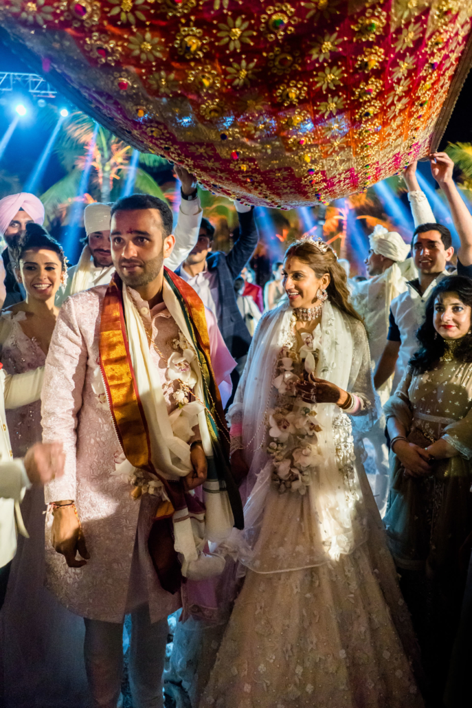 - 139 :: What an adventure: an Indian wedding in Vietnam :: Luxury wedding photography - 138 ::  - 139