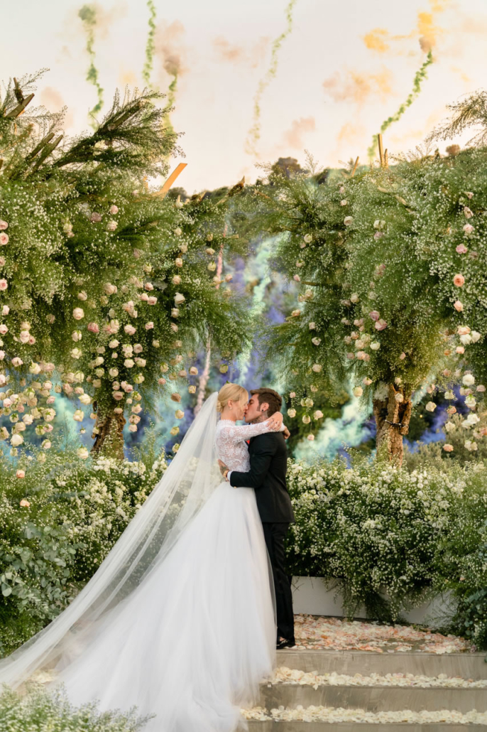 David Bastianoni iconic photo kiss ferragnez ferragni fedez - 1 :: The kiss: how to find the shot that becomes an icon :: Luxury wedding photography - 0 :: David Bastianoni iconic photo kiss ferragnez ferragni fedez - 1