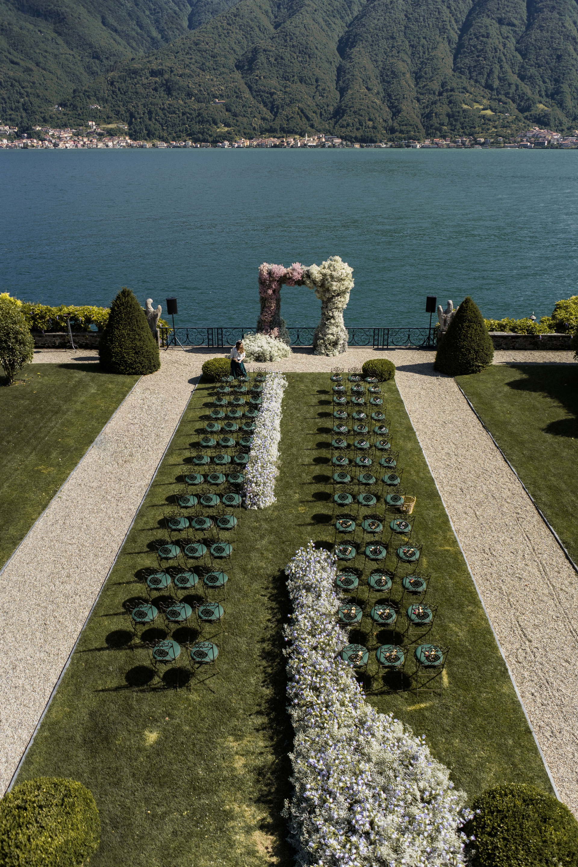 - 53 :: A spectacular wedding: mother Russia on Como lake :: Luxury wedding photography - 52 ::  - 53