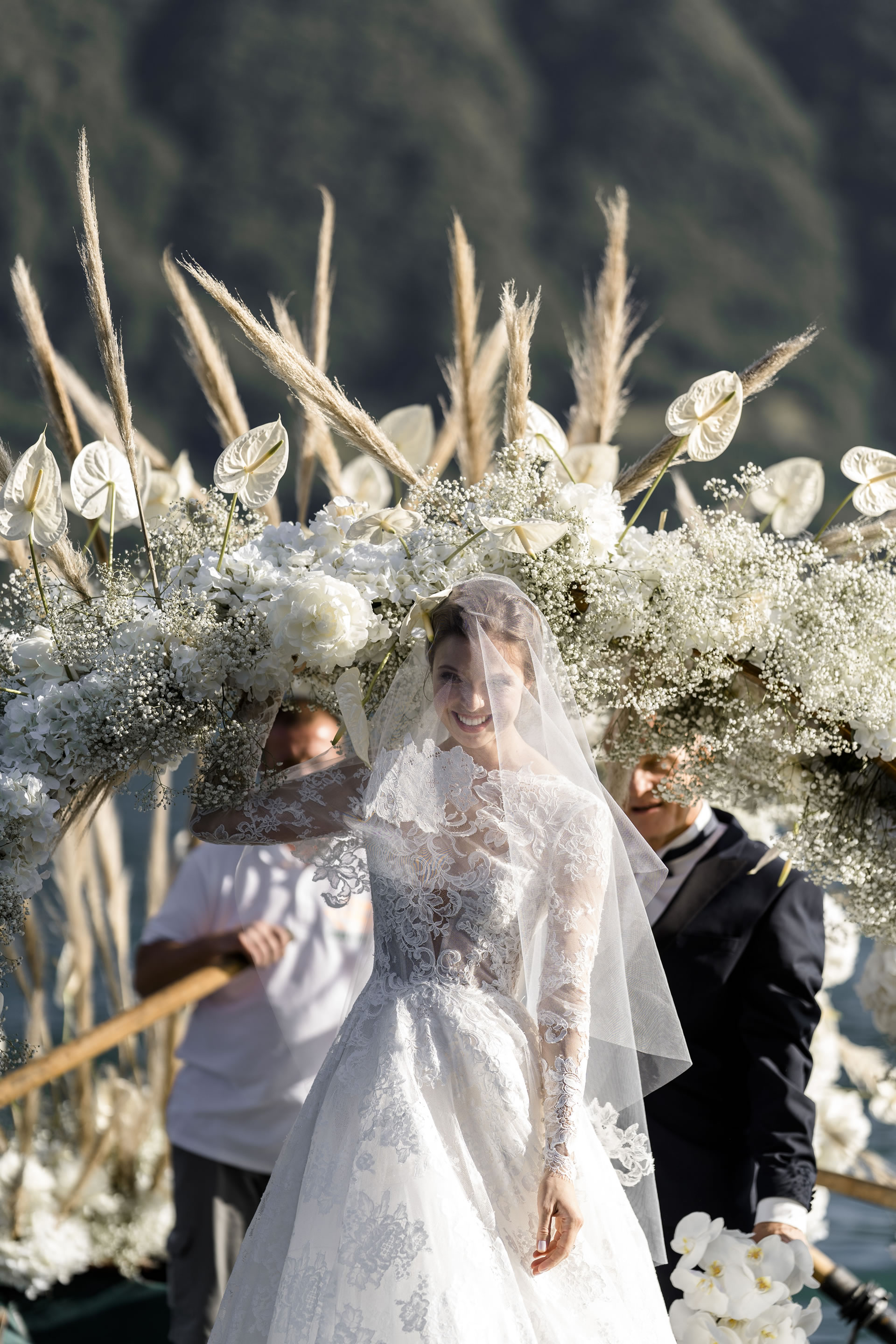 - 64 :: A spectacular wedding: mother Russia on Como lake :: Luxury wedding photography - 63 ::  - 64