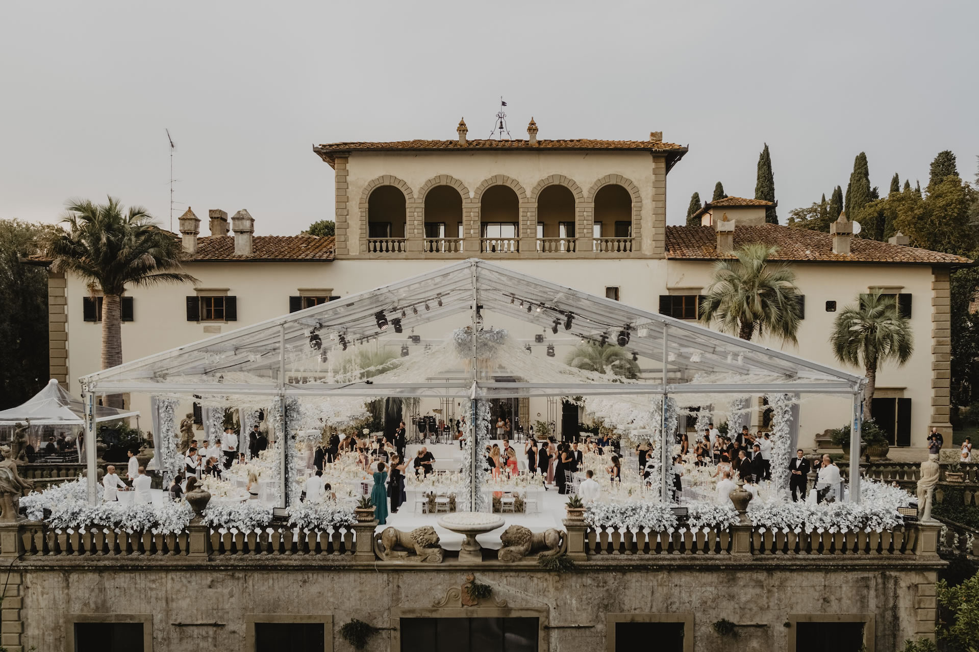 A sparkling wedding in the shore of the Arno - 76 :: A sparkling wedding on the shore of the Arno :: Luxury wedding photography - 75 :: A sparkling wedding in the shore of the Arno - 76