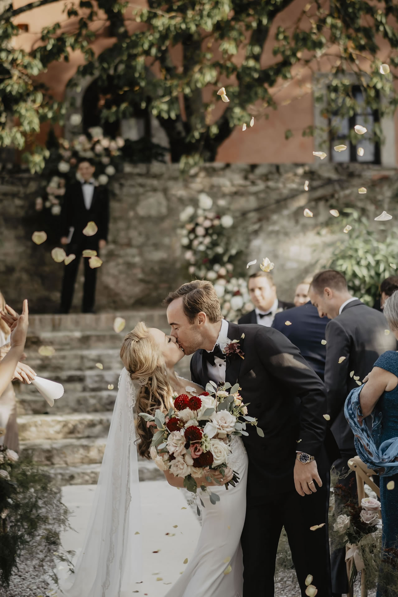 - 29 :: A bride's smile (Wedding in Tuscany) :: Luxury wedding photography - 28 ::  - 29