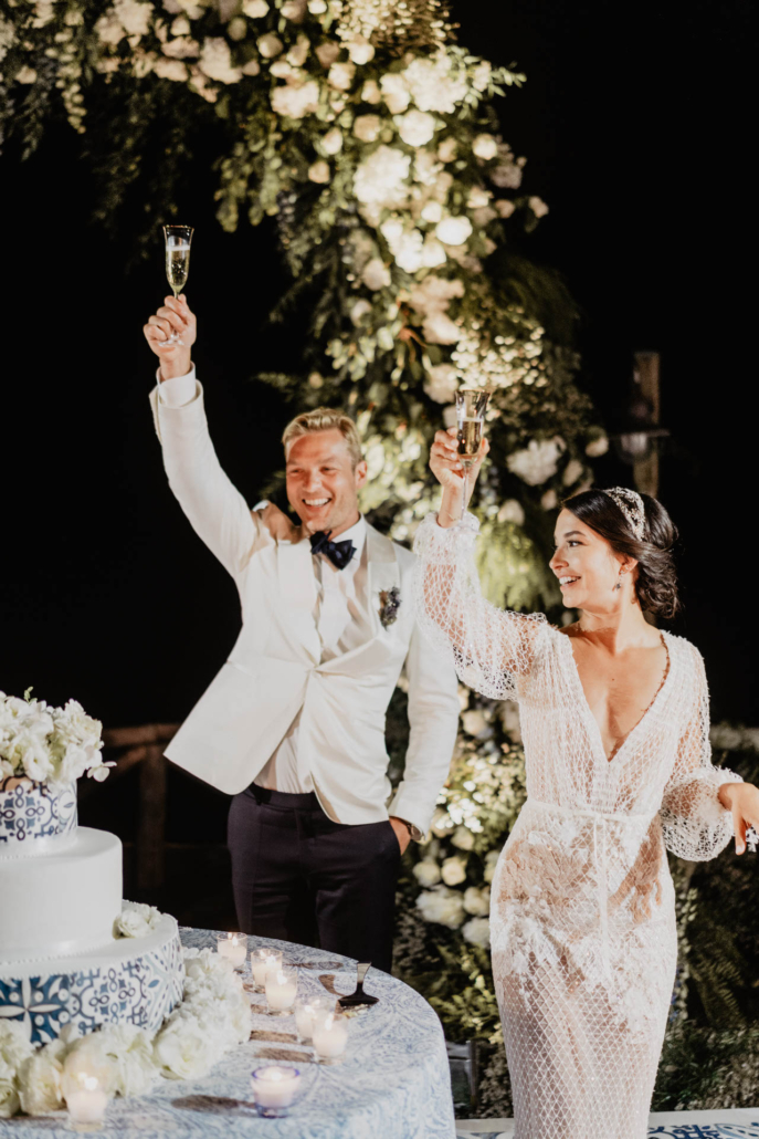 Wave upon wave: a shimmering wedding in Positano :: 93