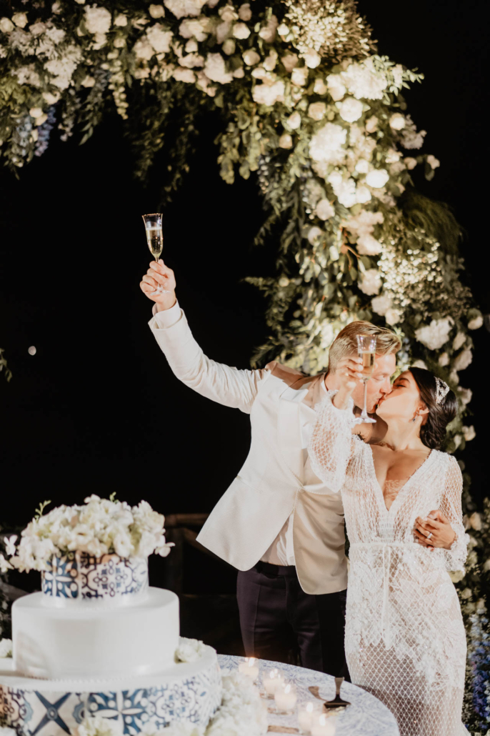 Wave upon wave: a shimmering wedding in Positano :: 94