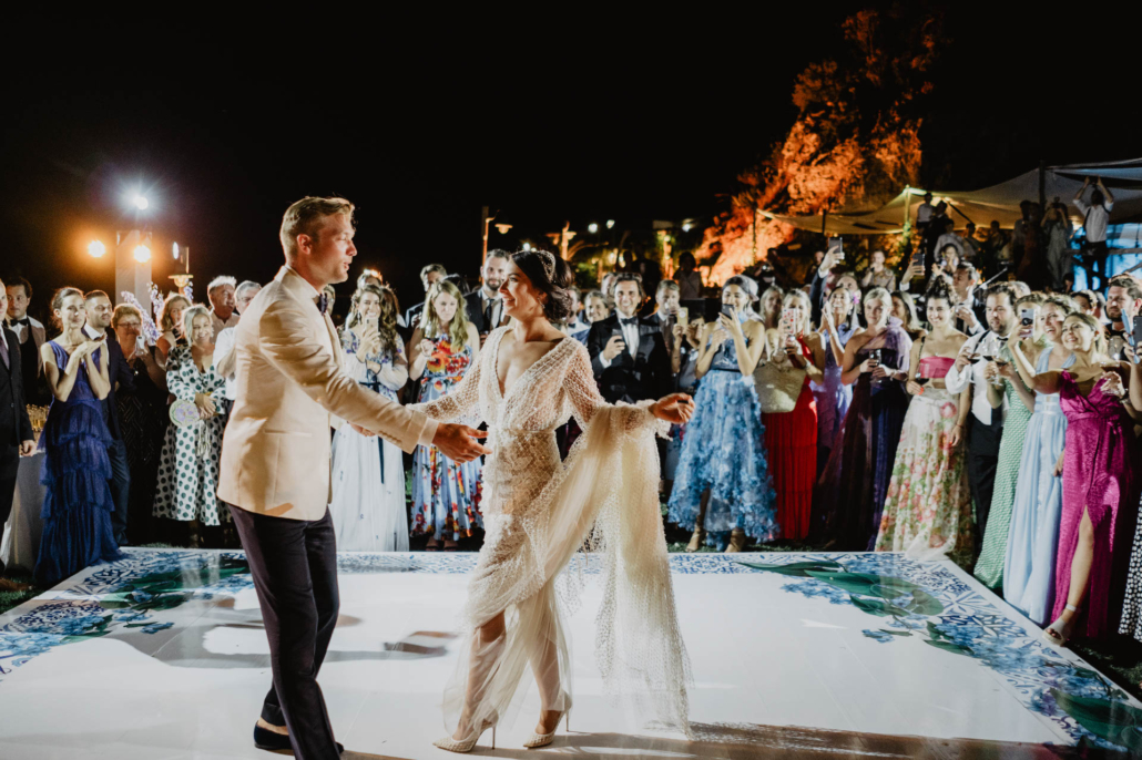 Wave upon wave: a shimmering wedding in Positano :: 97
