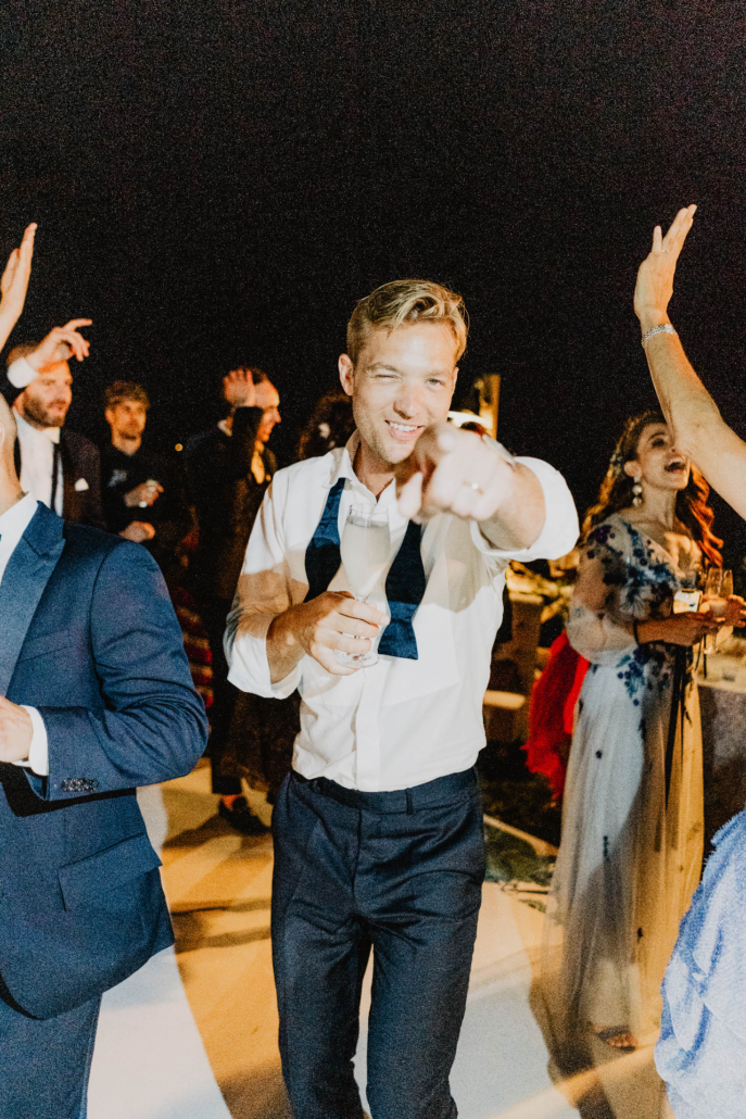 Wave upon wave: a shimmering wedding in Positano :: 98