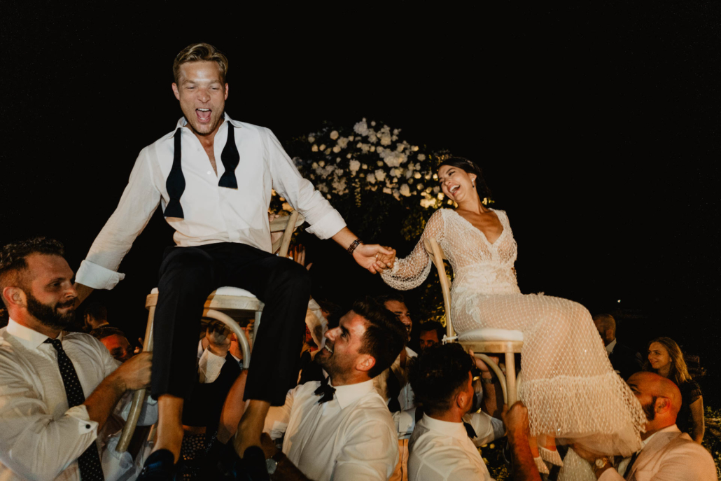 Wave upon wave: a shimmering wedding in Positano :: 102