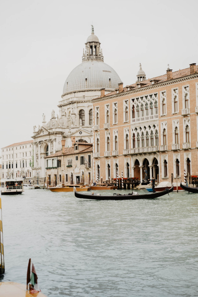 White lagoon: the poetics of a wedding in Venice :: 2