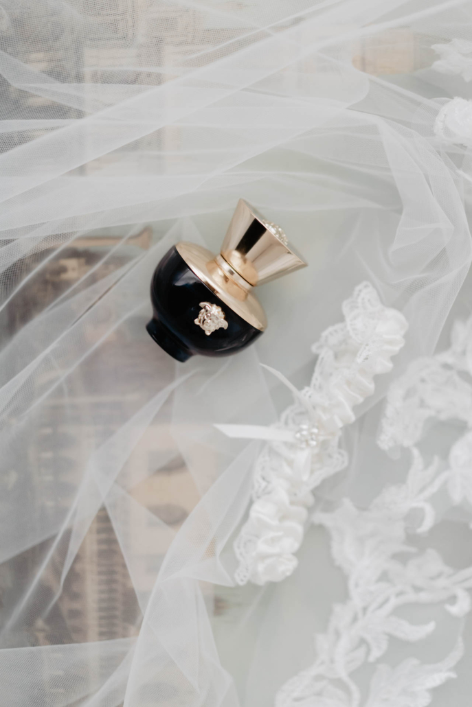 - 8 :: White lagoon: the poetics of a wedding in Venice :: Luxury wedding photography - 7 ::  - 8