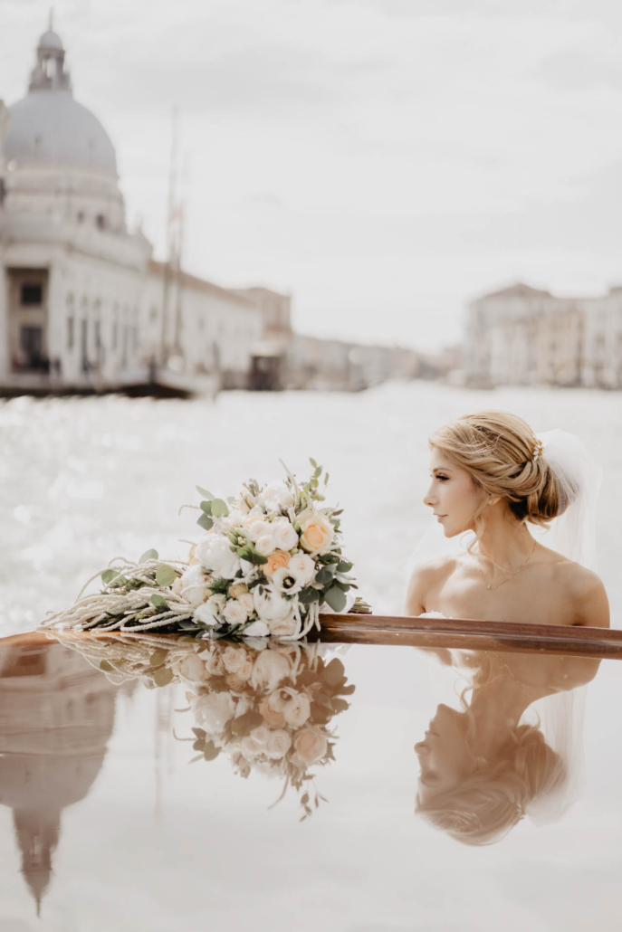 - 18 :: White lagoon: the poetics of a wedding in Venice :: Luxury wedding photography - 17 ::  - 18
