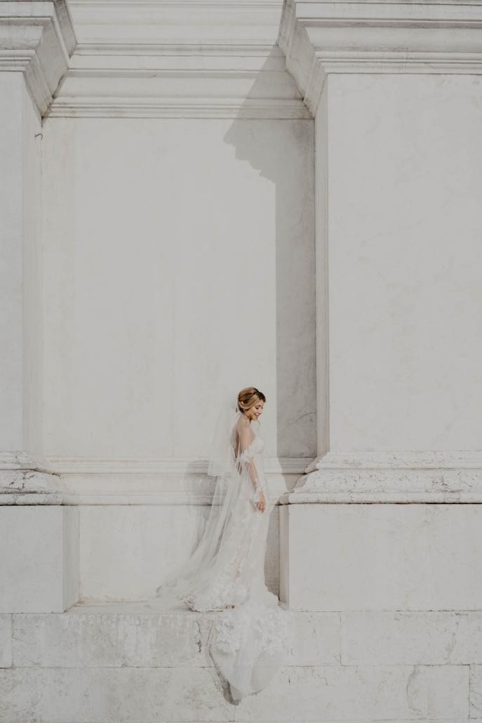White lagoon: the poetics of a wedding in Venice :: 31