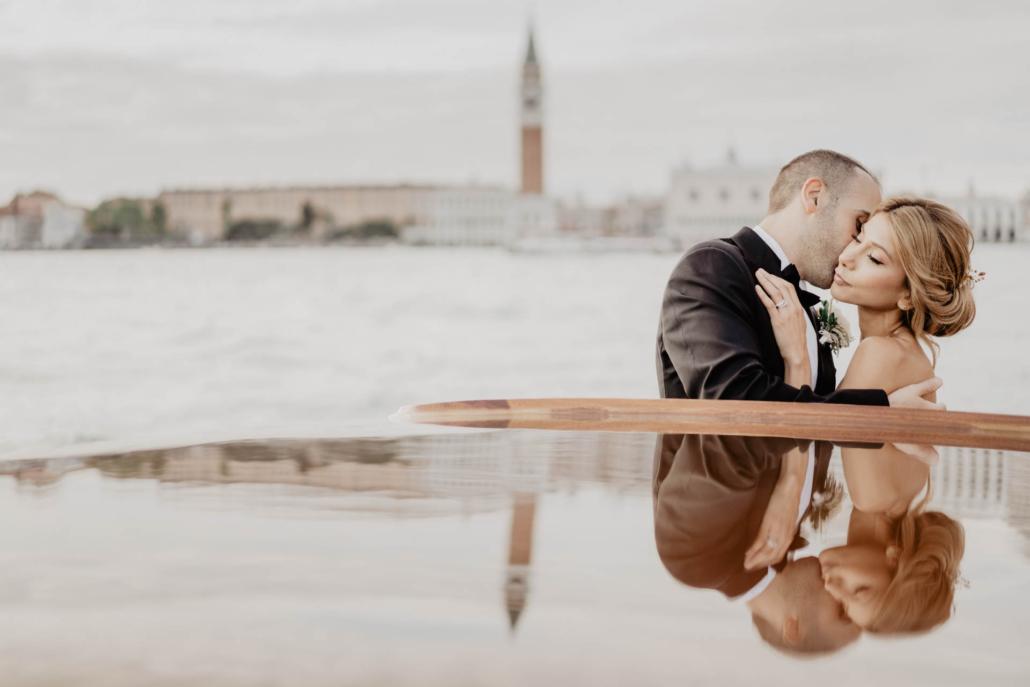 White lagoon: the poetics of a wedding in Venice :: 40