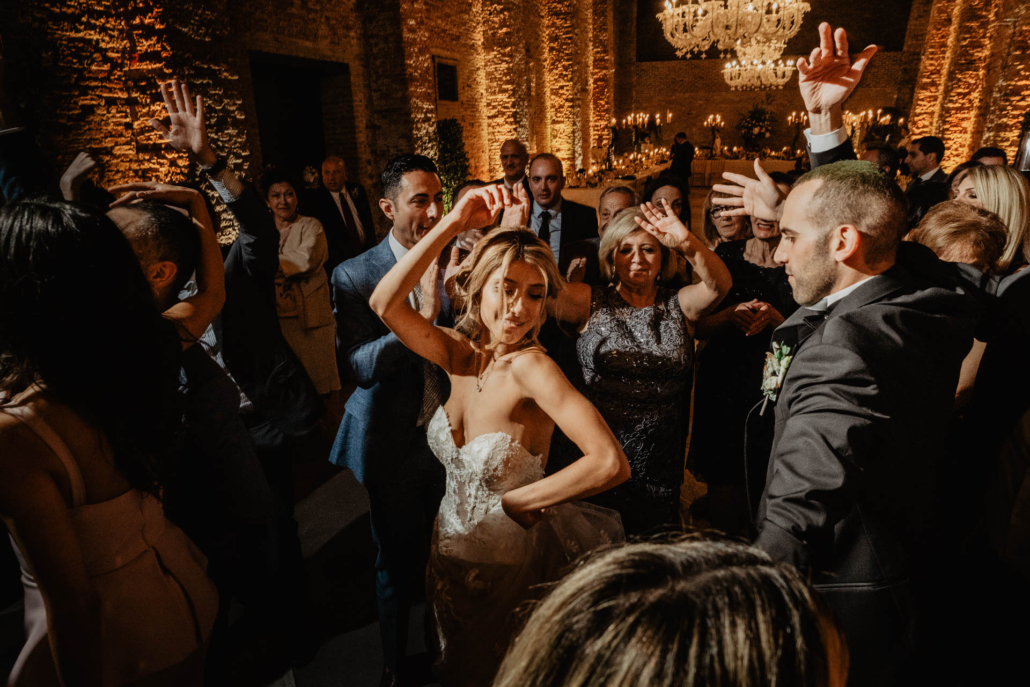 White lagoon: the poetics of a wedding in Venice :: 55