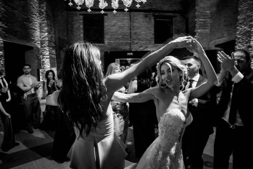 White lagoon: the poetics of a wedding in Venice :: 59