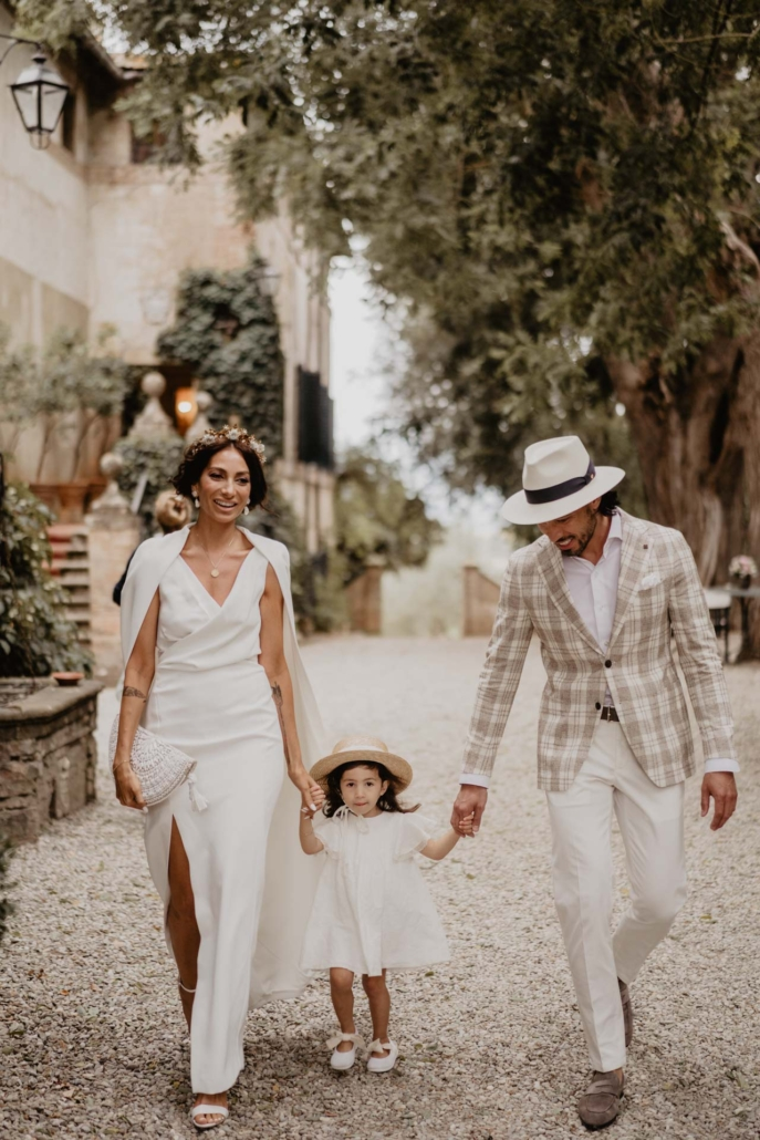 A wedding at Stomennano, blending fashion and drama :: 5