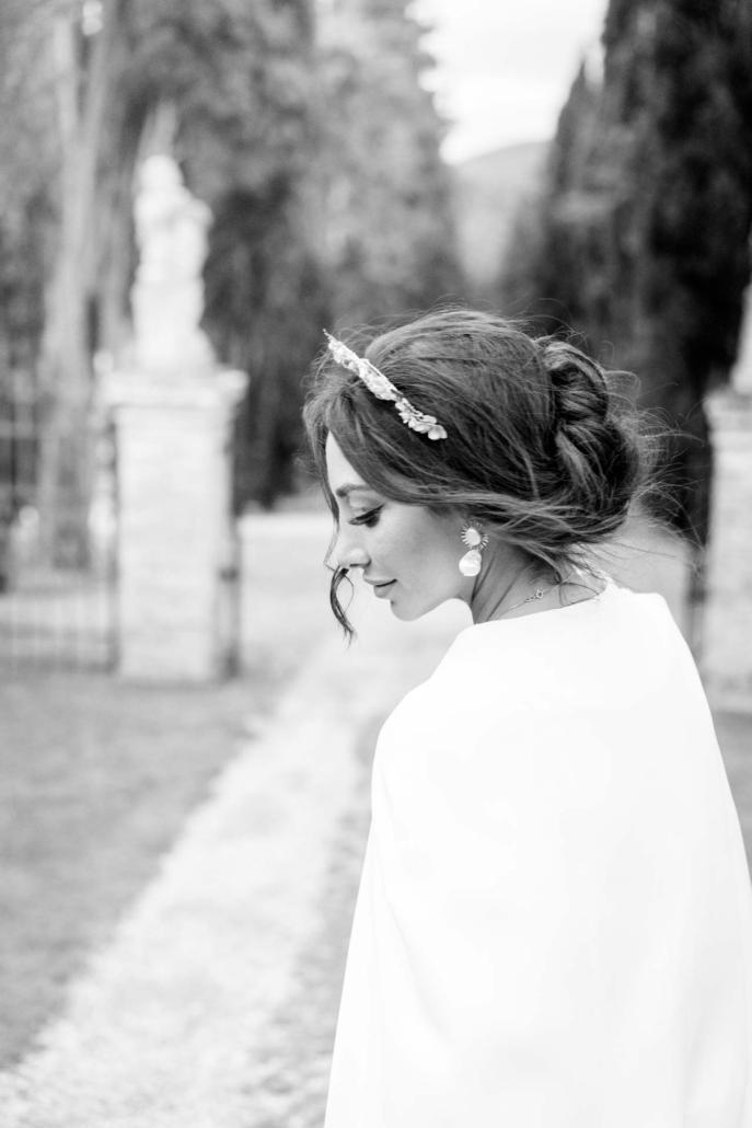 A wedding at Stomennano, blending fashion and drama :: 11