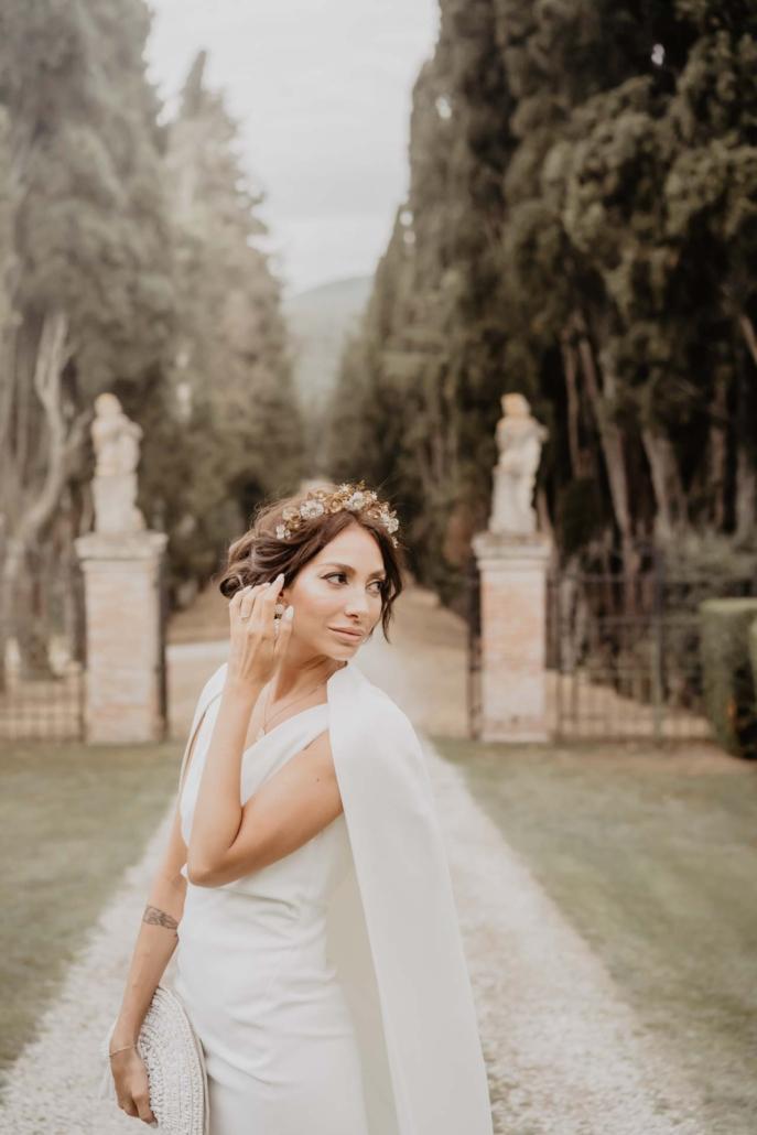 A wedding at Stomennano, blending fashion and drama :: 12