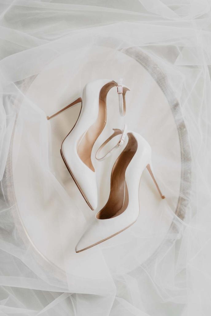 A wedding at Stomennano, blending fashion and drama :: 16