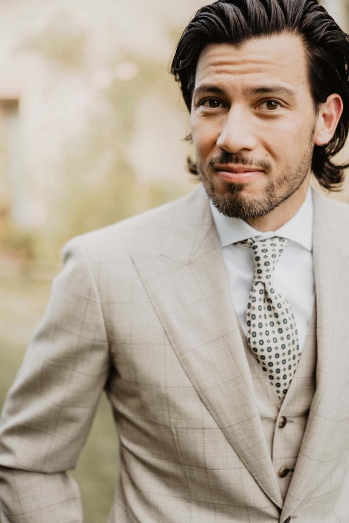 A wedding at Stomennano, blending fashion and drama :: 27