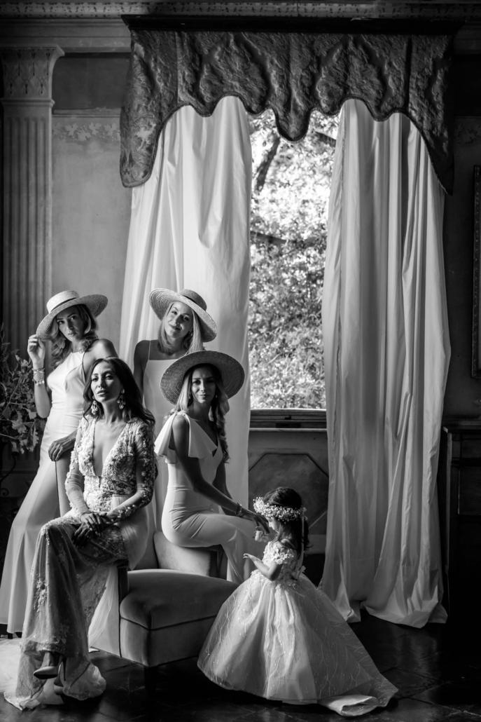 A wedding at Stomennano, blending fashion and drama :: 38